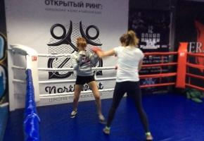 ZHenskaya trenirovka po boksu2