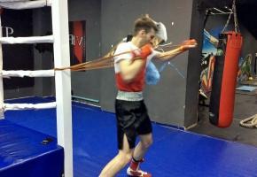 razminka pered trenirovkoj po boksu